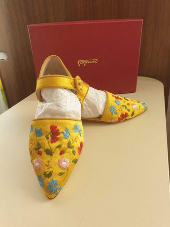 Туфли, босоножки женские( Италия)
