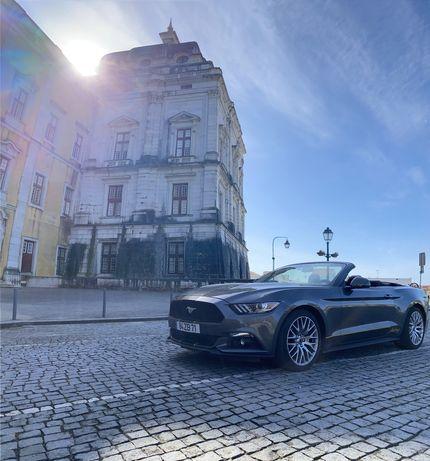 Aluguer de carro Mustang Cabrio