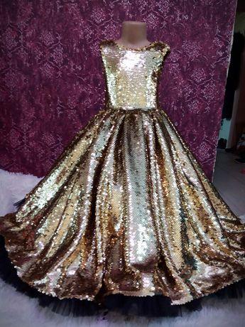 Шикарное платье. Детское платье