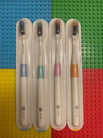 Зубная  щётка  Xiaomi Doctor B Colors