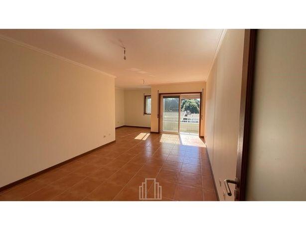 Apartamento T2 - Escapães
