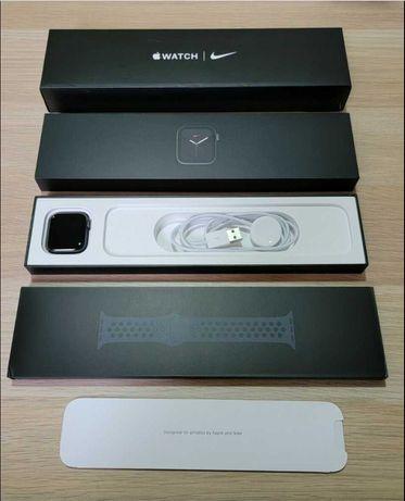 Apple Watch Series 3 42 MM Space Grey Nike