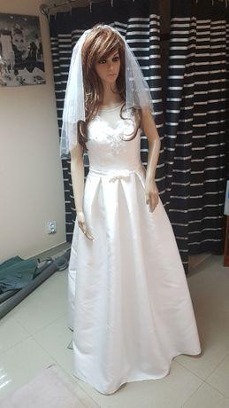Suknia ślubne 38 ivory kontrafałdy mikado