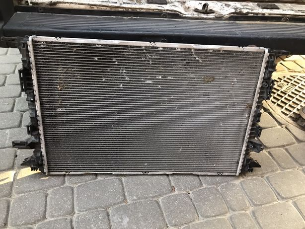 Audi A8 D4 chłodnica wody 4H0.121.251 C