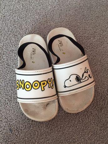 Chinelos Snoopy Zara 25