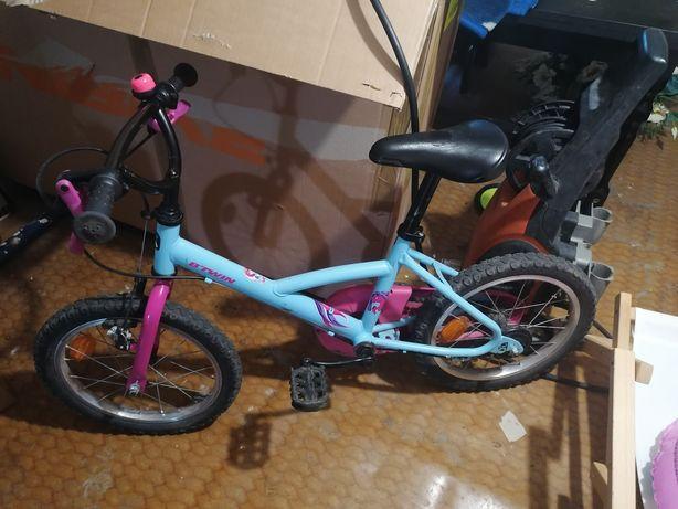 Rowerek btwin Decathlon 16 dla dziewczynki