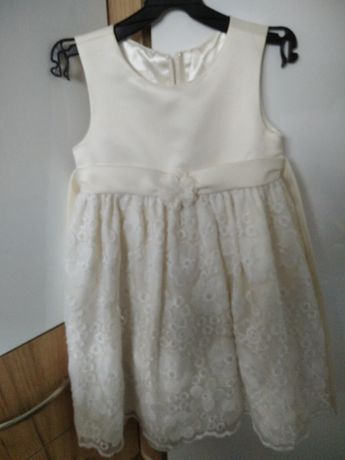 Sukienka kremowa 110