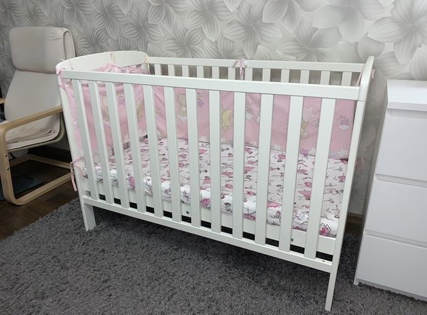 Белая кроватка M&S как Ikea біле дитяче ліжко