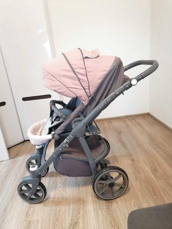 Детская коляска в хорошем состоянии