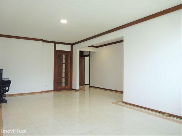 Apartamento T3 - Quinta do Lambert