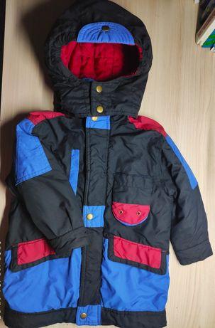 Куртка удлиненная демисезонная  по бирке 3-4 года+шапка в подарок!