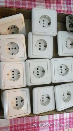 tomadas elétricas usadas