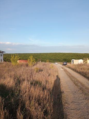 Продам земельный участок в поселке Лесное