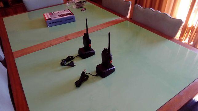 Baofeng-Walkie TalkieComunicadores rádio portateis