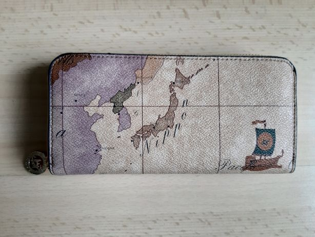Duzy portfel mapa