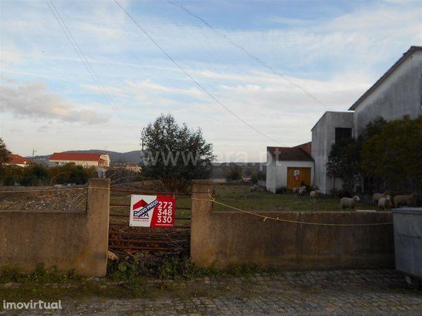 Terreno, 1 800 m², Monfortinho e Salvaterra do Extremo