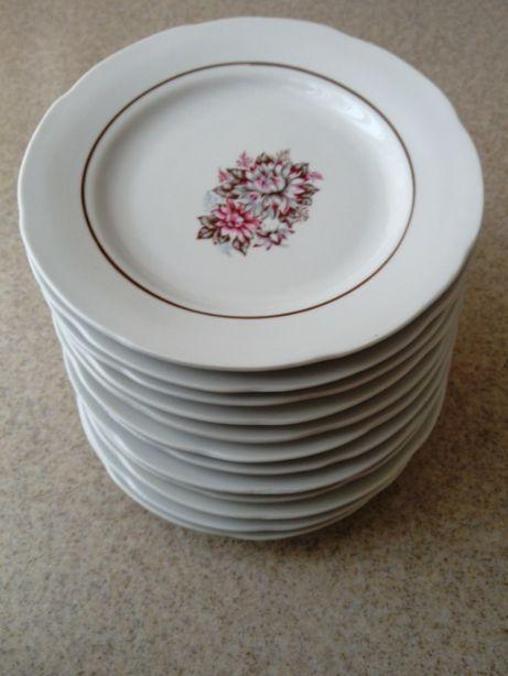 Тарелки фарфоровые в наборе 12 шт., мелкие, 17,4см.