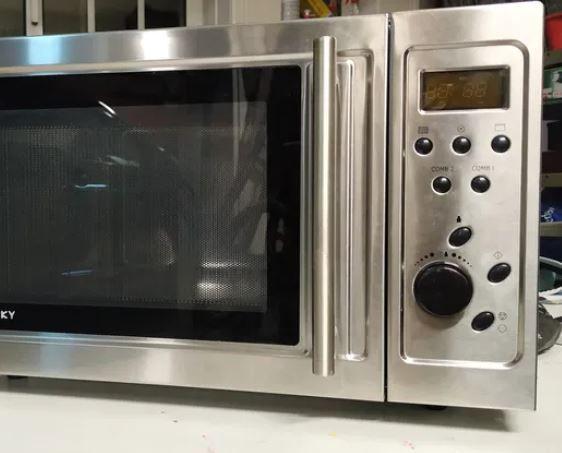 Microondas em inox com grill, avariado, peças