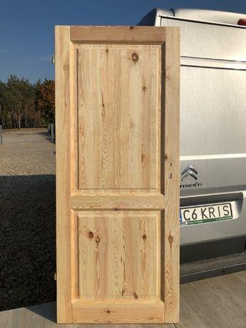 Drzwi LITE drewniane ryflowane , postarzane, szczotkowane model K-1