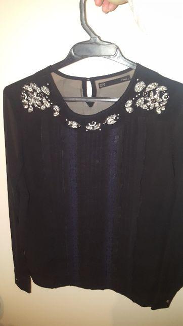Camisa/Blusa preta com detalhes Sfera