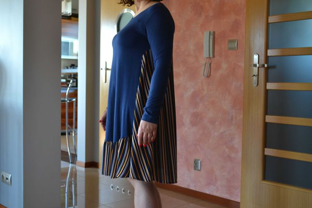 Oryginalna sukienka dwukolorowa