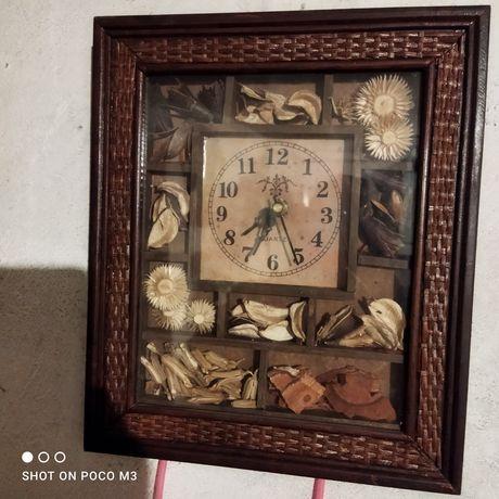 Zegar ścienny bardzo ładny