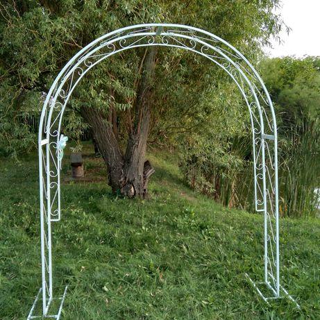 Продам Свадебную арку с столиком
