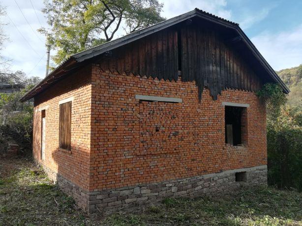 Продається будинок біля Дністра