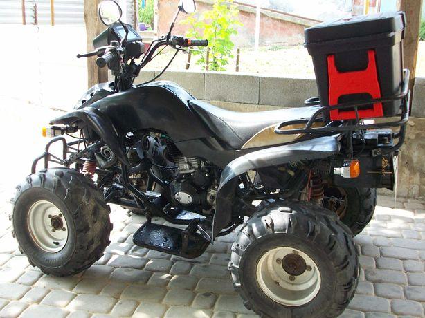Квадроцикл 2006 року