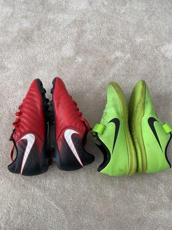 Chuteiras Nike velcro 33 + 31