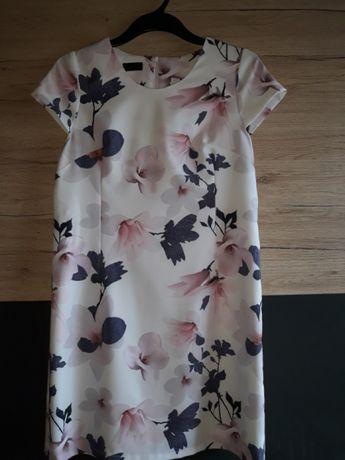 Elegancka sukienka w kwiaty roz 42