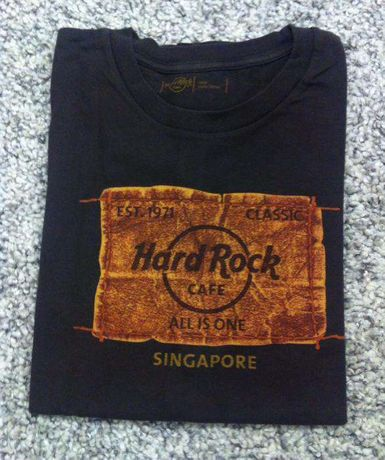 T-shirt Hard Rock Café Singapore tam. L (Usada)
