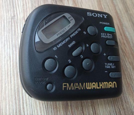 Sony FM/AM Walkman SRF-M32