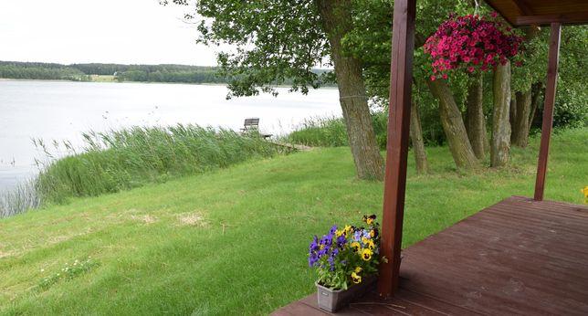 Domek nad jeziorem Wielkie Leżno