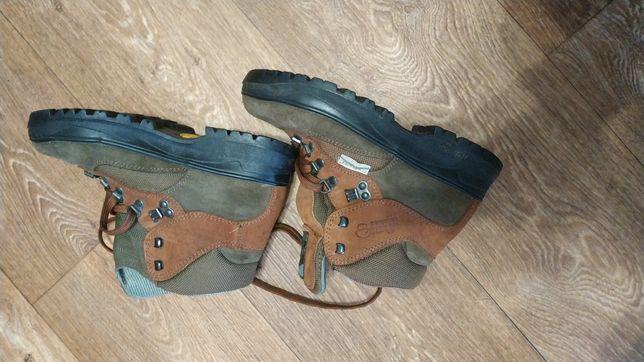 Трекинговые ботинки 36 новые