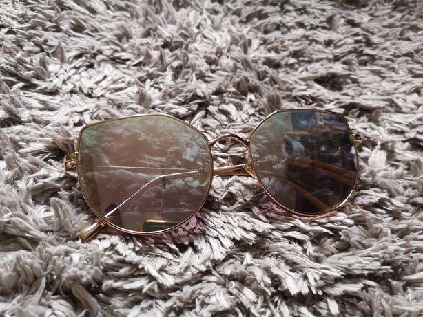 Okulary przeciwsłoneczne złote