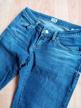 Продам нові оригінальні жіночі джинси фірми Armani junior