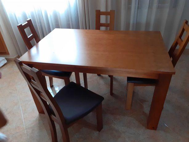 Mesa de jantar extensivel +4 cadeiras, e moveis de Sala , oportunidade