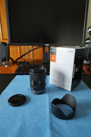 Lente Sony Zeiss E-Mount APS-C SEL18200LE