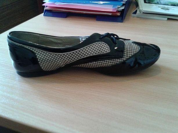Продаются импортные туфли на девочку