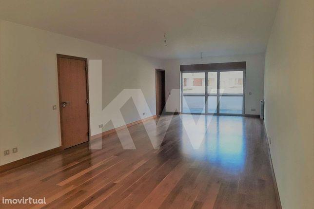 Moradia T4  Nova em Condomínio Fechado no centro de Aveiro