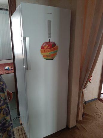 Холодильник +морозильник 2в1