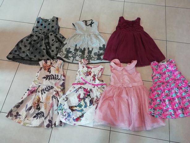 Sukienki 104