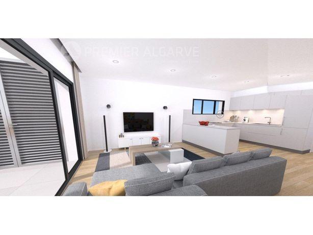 Apartamento T2 com piscina, a 50 metros da praia - Quarteira
