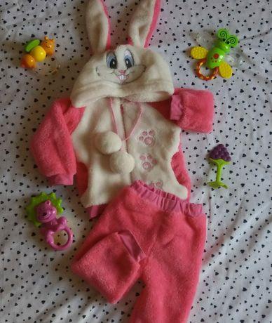 Костюм теплый костюмчик на девочку 68-74 рост, с 6 месяцев и до 1 года