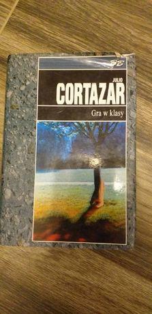 Gra w klasy J. Cortazar