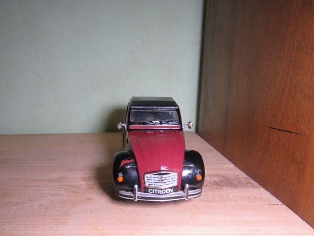 Машинка welly citroen 2cv авто 1/24