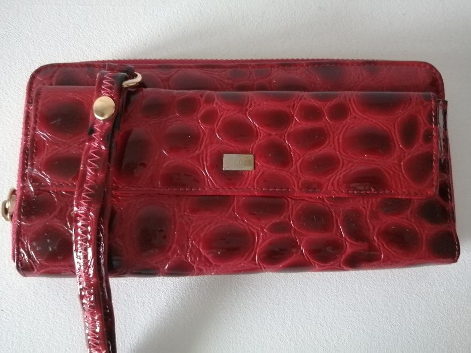 Nicole skórzany nowy portfel saszetka ciemny czerwony/ bordowy Piastów - image 1