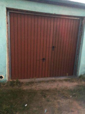 Sprzedam garaż w ilawie