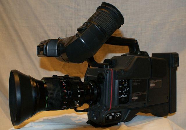 Kamera SONY DXC 325P - 3CCD ( Profesjonalna, modułowa) - komplet :